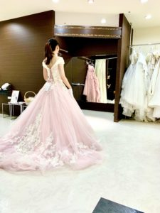 カクテルドレス,白とピンク,ディズニー